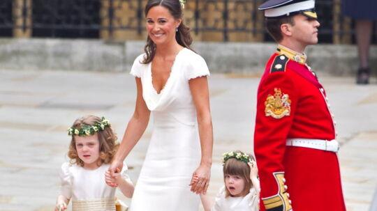 Nu kan du købe en kjole, der ligner Pippas på en prik.