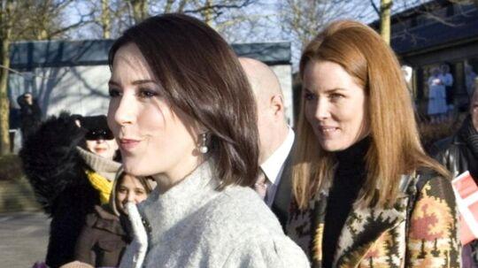 Prinsesse Mary og hendes hofdame Caroline Heering skal måske også til forældremøde sammen i fremtiden.