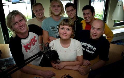 Seks kække fyre og en enkelt pige. Her er P3's nye morgenhold.<br>Foto:Jeppe Michael Jensen