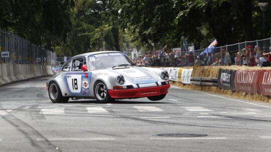 I denne weekendkøres derCopenhagen Historic Grand Prix i Fælledparken i København, men den danske racerstjerne Ronnie Bremer må angiveligt ikke deltage.
