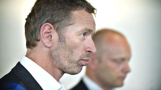 Telenors topchef i Danmark siden maj 2010, Jon Erik Haug (forrest), da han præsenterede aftalen med sin Telia-kollega Søren Abildgaard om at slå de to selskabers mobilnet i Danmark sammen for at stå stærkere i konkurrencen mod TDC. Arkivfoto: Jens Nørgaard Larsen, Scanpix