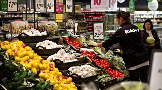 De skuffende salgstal får Coop Danmark til at miste troen på, at specielt mange danskere har overskud til at smide en rejse i kurven, mens de køber ind til aftensmaden. Derfor neddrosler Coop nu på rejseområdet.