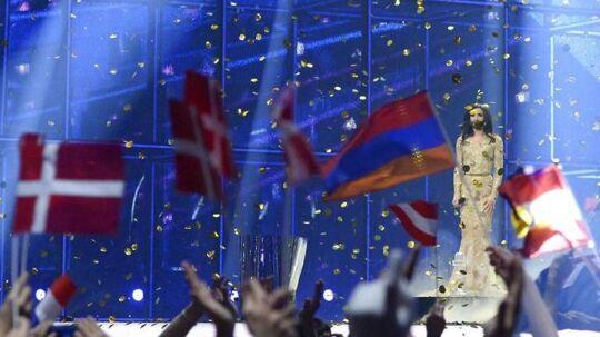 Eurovision var en kæmpe folkefest, men regningen til skatteborgerne løber op i tæt ved 100 millioner kroner, viser det foreløbige regnskab. Det er 70 millioner over budget.