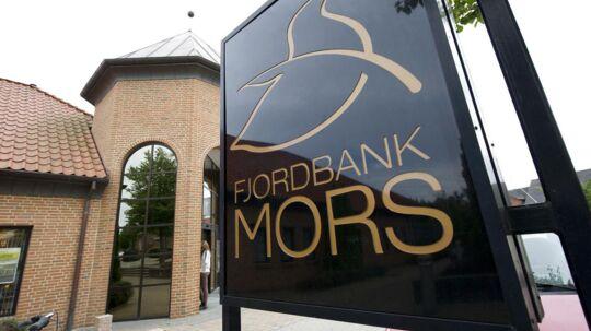 Fjordbank Mors er en af de senest krakkede danske banker. Men flere venter i år, vurderer Standard & Poors.