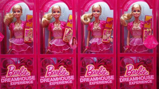 Barbies ejer Mattel har intet at smile over efter et skidt regnskab for årets tredje kvartal.