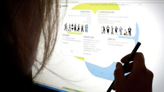 Flere jobsites på nettet kan nemt give dig et overblik over de nyeste opslag.