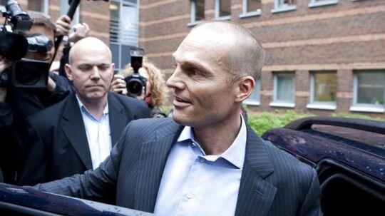Stein Bagger foran retten i Lyngby i 2009, hvor han modtog dommen på syv års fængsel for bedrageri.