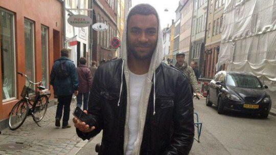 Den 21-årige mand, som blev dræbt på Bakken i Kødbyen hedder Jonas Thomsen Sekyere.