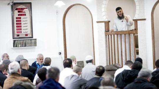 ARKIVFOTO. Grimhøjmoskéen skal lukkes, og imam Abu Bilal skal væk, mener flere politikere blandt andet integrationsminister Inger Støjberg (V). (Foto: Brian Rasmussen/Scanpix 2016)