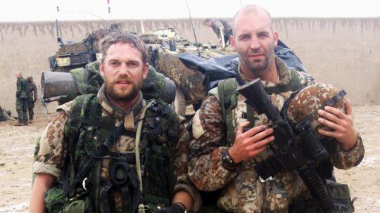 »Fra slutningen af tiden i Afghanistan og sammen med oversergent Tommy. Man tror, Afghanistan er varmt året rundt, men det er smattet, koldt og minder om en dansk vinter.« Privatfoto.