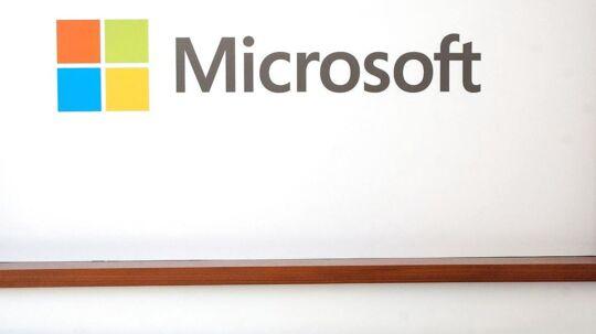 'Tay', som Microsoft kaldte sin chatbot, kom på Twitter i forgårs, men allerede i går gik den offline igen.