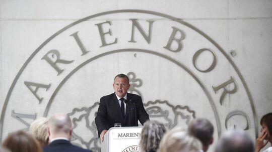 Lars Løkke Rasmussen har inviteret knap 80 økonomer, virksomhedsleder og repræsentanter for arbejdsmarkedets parter til økonomisk topmøde på Marienborg. Her er han ved en tidligere konference på Marienborg.
