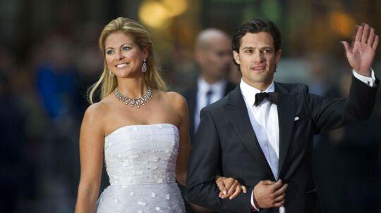 Prisesse Madeleine og prins Carl Philip bliver nu skubbet længere ned på tronfølgelisten, efter Sveriges nye prinsesse har meldt sin ankomst.