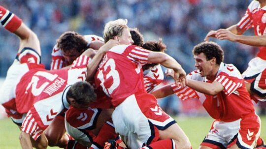 Da Danmark sensationelt vandt EM i fodbold i 1992, solgte avisen dagen efter 341.300 eksemplarer. Den mest solgte BT-hverdagsavis i historien.