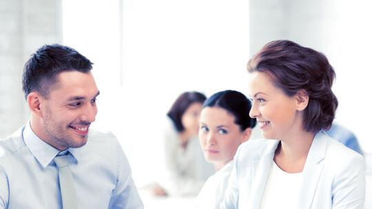 Ps kone får seksuelle komplimenter på jobbet - hvad skal han gøre?