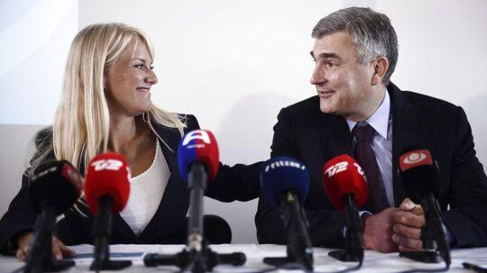 Pressemøde med Nye Borgerlige. På billedetses formand Pernille Vermund og næstformand Peter SeierChristensen.