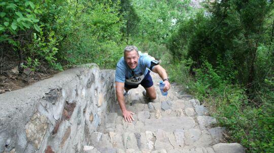 Jo hårdere, des bedre. The Great Wall Marathon på den kinesiske mur startede i 1999 den danske adventure-bølge.
