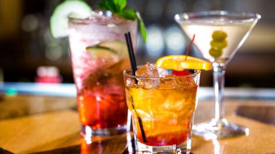 Kvinder som drikker op til 14 genstande om ugen, har ikke mindre sandsynlighed for at blive gravide end kvinder, som slet ikke rører alkohol.