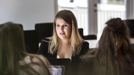 """Henriette Mølgaard, 22 år, har fravalgt Syddansk Universitet til fordel for læreruddannelsen. »Jeg vil ikke stå om 30 år og fortryde, at jeg ikke gjorde forsøget,"""" siger hun."""