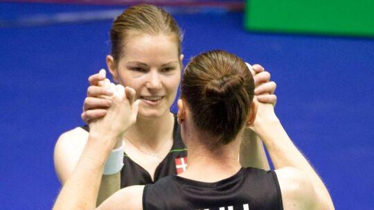 Den danske damedouble med Kamilla Rytter Juhl og Christinna Pedersen er klar til semifinalen i sæsonfinalen.