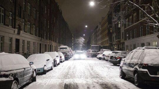 Snevejr og glatte veje er på vej til hele landet. ARKIVFOTO.