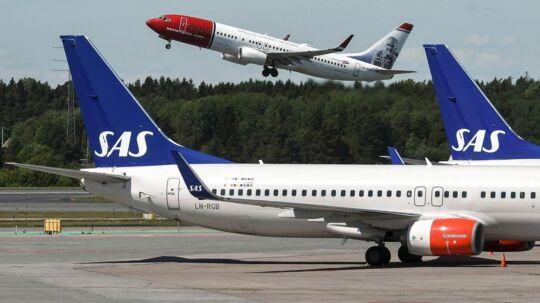 ARKIVFOTO. I alt valgte 29, 4 millioner flypassager at købe en billet med det skandinaviske luftfartsselskab SAS i 2016. Det oplyser selskabet i en pressemeddelelse. SAS sluttede året af med en slutspurt i december, hvor antallet af passagerer landede på 2, 1 millioner. Det er højere end i nogen anden december i selskabets historie. Med trafiktallet for december står det klart, at SAS beholder sin titel som Skandinaviens største luftfartsselskab. Konkurrenten Norwegian kommer lige efter med 29, 3 millioner passagerer sidste år.