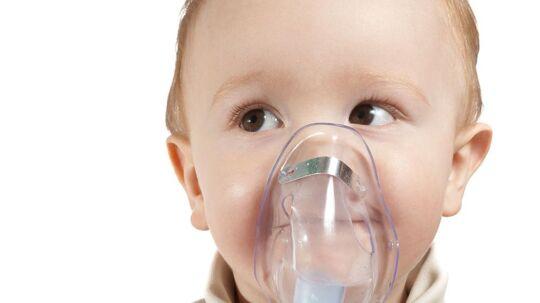 Børn, der er diagnosticeret med astma, har 50 procent større risiko for at blive overvægtige.