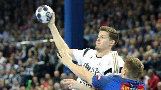 Der venter Lasse Andersson (th) en pause på mindst et halvt år.