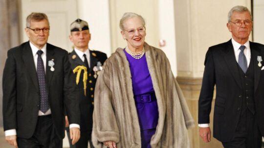 Arkivfoto af dronning Margrethe på vej til statsråd på Christiansborg. Et statsråd afholdes ca. 8 gange årligt, mens middagene kun finder sted med 4-5 års mellemrum.