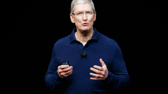 Apple Inc CEO Tim Cook discusses the iPhone 7 during an Apple media event in San Francisco, California, U.S. September 7, 2016. Reuters/Beck Diefenbach