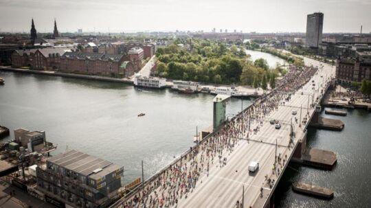 Sparta giver Telenor Copenhagen Marathon søndag 21. maj et løft. Her er løberne på vej over Langebro i 2016.