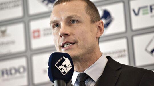 Den adm. direktør i Randers FC, Michael Gravgaard, svarer i dette interview på den kritk, som den nu fyrede sportschef Ole Nielsen er ude med.