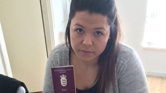 Anita Pedersens danske pas er annulleret. Det er ikke noget værd længere