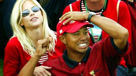 Så lykkelige var de: Tiger Woods og Elin Nordegren i 2003. De blev gift året efter.