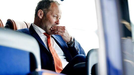 Danny Blind er blevet fyret som hollandsk landstræner.