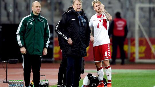 VM kvalifikationskamp mellem Rumænien-Danmark i Cluj, Rumænien søndag d.26 marts 2017. Danmarks Simon Kjær med skade. (Foto: Liselotte Sabroe/Scanpix 2017)