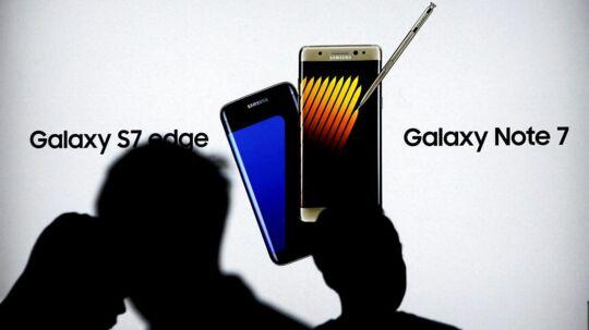 Galaxy Note 7-telefonen med den digitale pen nåede at få mange anmelderroser, inden batteriproblemerne brød ud, og det hele brød sammen. Nu kan telefonen være på vej til salg igen. Arkivfoto: Iqro Rinaldi, Reuters/Scanpix