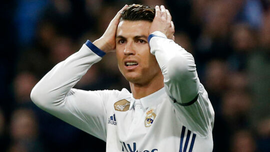 Football Soccer - Real Madrid v Napoli - UEFA Champions League Round of 16 First Leg - Estadio Santiago Bernabeu, Madrid, Spain - 15/2/17 Real Madrid's Cristiano Ronaldo looks dejected Reuters / Susana Vera Livepic