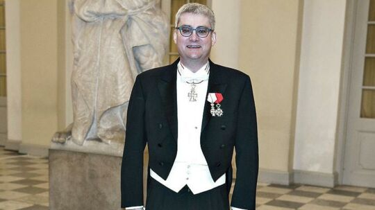 Uddannelses- og forskningsminister Søren Pind deltog i gallataflet på Christiansborg og bar ved den lejlighed alle sine ordener. Men det er en fejl, mener en royal ekspert.