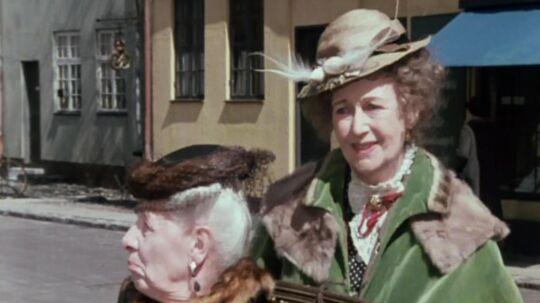 Misse Møghe og hendes mor Fru Fernando Møghe vender snart tilbage på de danske tv-skærme.