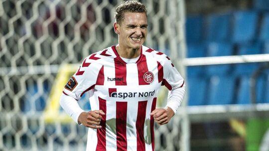 20-årige Rasmus Thellufsen har skrevet kontrakt med AaB frem til udgangen af 2020.