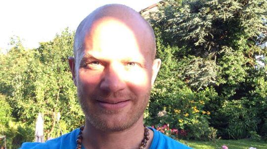 Alexander Söderlind, hans hustru og fire venner har over 4.000 kroner ude at hænge.