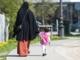 Tosprogede småbørn kan tvinges hjemmefra