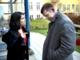 Joachim B Olsen og Özlem Cecik på besøg hos fattig familie ny