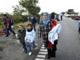 Flygtninge på vej mod Sverige til fods