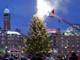 Juletræet på Rådhuspladsen tændes