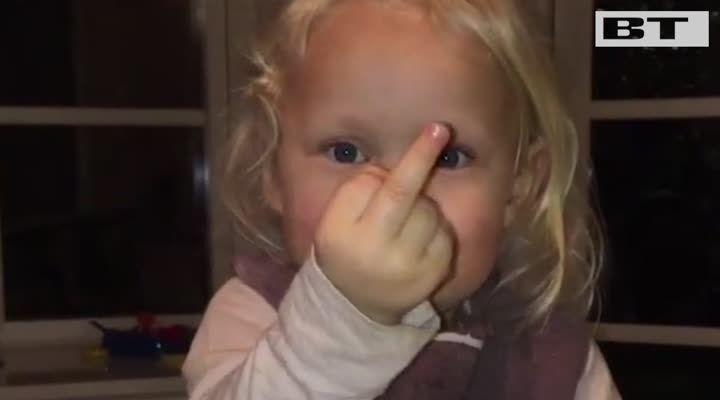 Uffe Holms datter er et kæmpe hit på Instagram: Se hvorfor