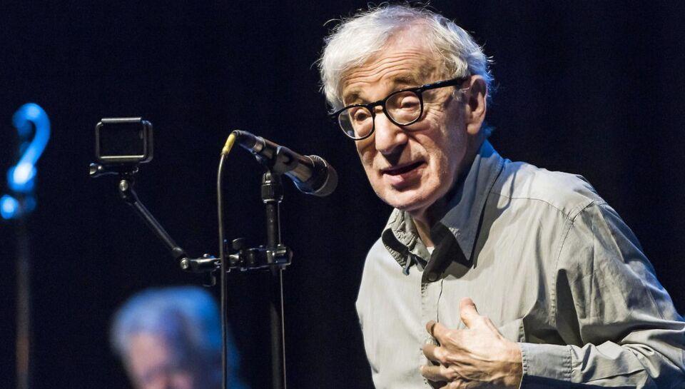 Dylan Farrow, der er filmskaber Woody Allens adoptivdatter, har gennem