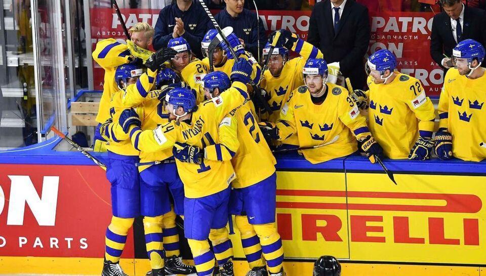 De svenske ishockeyherrer vinder 3-2 over Schweiz i finalen efter
