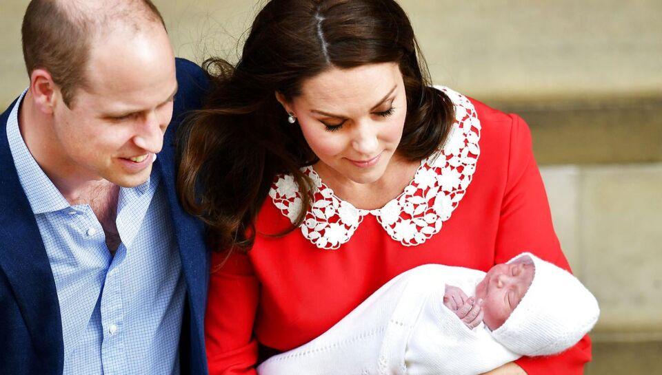 En lille nye britiske prins skal snart døbes. Kensington Palace